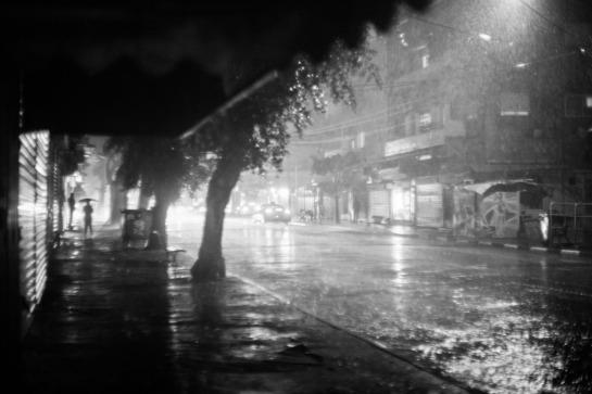 sudden_rain_telaviv_m42_asahi-_by_victor_bezrukov-16